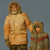 The Midnight Sky: Η νέα ταινία του George Clooney σαρώνει στο Netflix