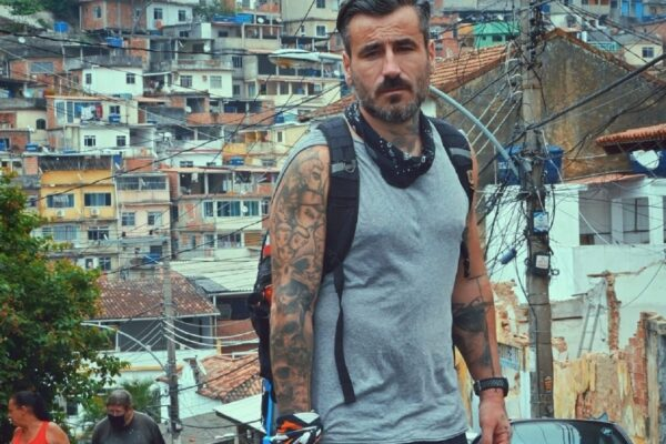 Η εκπομπή «Into the Skin» και ο Γιώργος Μαυρίδης ταξιδεύουν στο Ρίο ντε Τζανέιρο