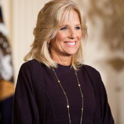 Η Jill Biden είναι η πρώτη σύζυγος προέδρου των Η.Π.Α που θα συνεχίζει να εργάζεται