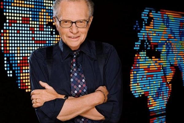 Έφυγε από την ζωή ο Larry King | Νοσηλευόταν με κοροναϊό
