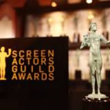 SAG Awards: Σάρωσαν «The Crown» και «Δίκη των 7 του Σικάγο»