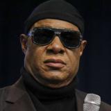 Ο Stevie Wonder δήλωσε ότι θα μετακομίσει στη Γκάνα