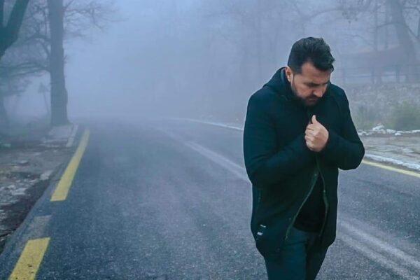 Λορέντζος Γκρέτσας: Κυκλοφόρησε το νέο του τραγούδι με τίτλο «Μία δικαιολογία»