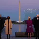 O Joe Bιden και η Kamala Harris τίμησαν τα 400.000 θύματα του κορωνοϊού