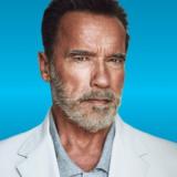 Ο Arnold Schwarzenegger λέει ότι η εισβολή στο Καπιτώλιο θύμιζε τη «Νύχτα των Κρυστάλλων»