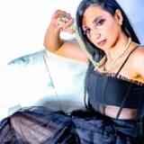 Εvgenia: Το νέο της hit από τους μετρ των σουξέ Τουρατζίδη-Tsiko και με διάσημο αμερικανό γόη ηθοποιό στο βιντεοκλίπ της