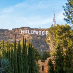 Hollywood: Διακόπτονται γυρίσματα και παραγωγές εν μέσω έξαρσης κρουσμάτων