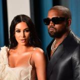 Ο Kanye West προσπάθησε να πουλήσει τα κοσμήματα που αγόρασε για την Kim Kardashian