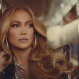 Η απίστευτη selfie της Jennifer Lopez στην μπανιέρα της