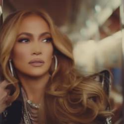 Η Jennifer Lopez μίλησε για την χαμηλή αυτοεκτίμηση και την προσφυγή της στον ψυχολόγο