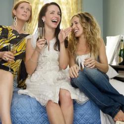 Κυκλοφόρησε η πρώτη φωτογραφία του Sex and the City με τις τρεις πρωταγωνίστριες στο remake της σειράς