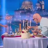 Η έκπληξη του Νίκου Μουτσινά στην Φαίη Σκορδά για τα γενέθλια της