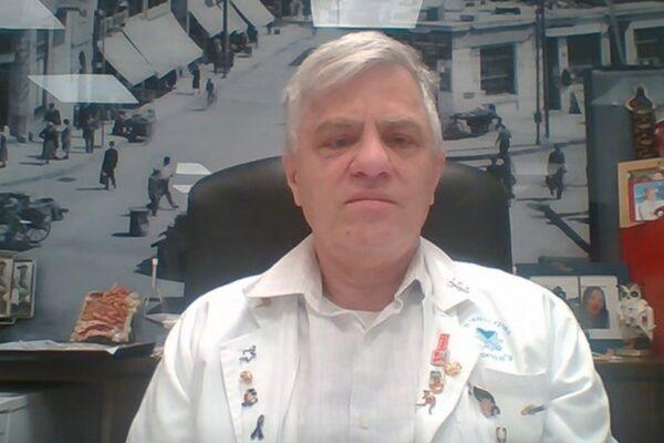Ο καθηγητής Ιατρικής Nadir Arber στην εκπομπή Ο3 της ΕΡΤ3