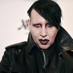 Marilyn Manson: Παραδόθηκε στις αρχές μετά από ένταλμα σύλληψης εναντίον του
