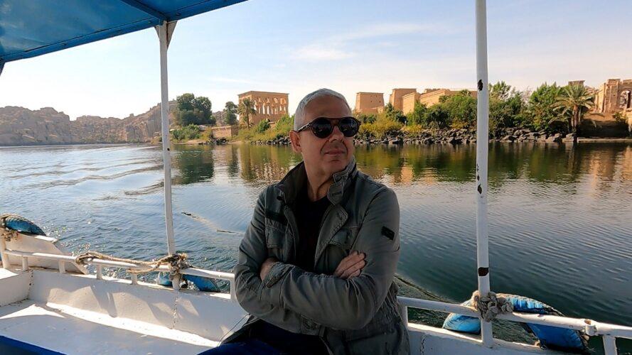 Ο Τάσος Δούσης και οι «ΕΙΚΟΝΕΣ» συνεχίζουν την κρουαζιέρα στον ποταμό Νείλο