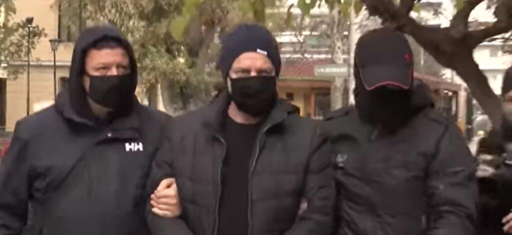 Στον ανακριτή ο Δημήτρης Λιγνάδης μετά τη σύλληψή του
