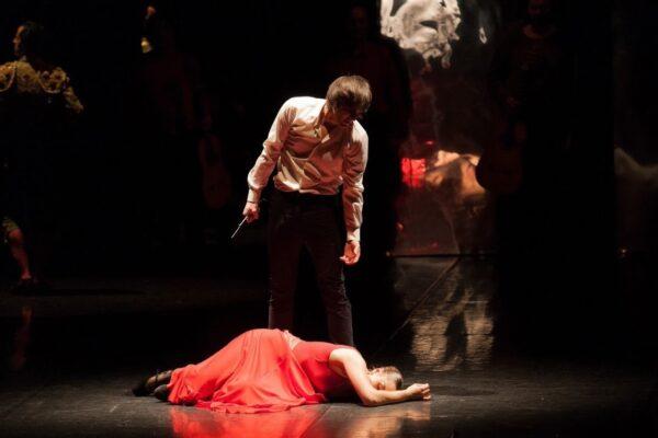 """Η """"Carmen"""" των Antonio Gades και Carlos Saura στο Christmas Theater On Line"""