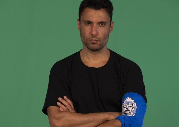 Ο Γιώργος Ταβλαδάκη είναι ο παίκτης που αποχώρησε στο αποψινό επεισόδιο του Survivor
