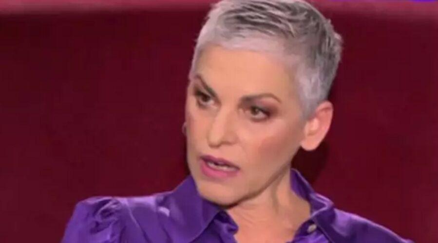 """Ελένη Ψυχούλη: """"Έφυγε νωρίς από καρκίνο. Όλα αυτά τα κλισέ που λέμε στους θανάτους… """""""