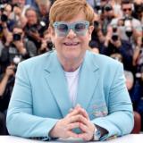 Κατέρρευσε στη σκηνή o Elton John
