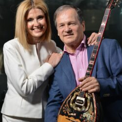 Ο Χρήστος Νικολόπουλος συναντά την Όλγα Βενέτη με το νέο του τραγούδι