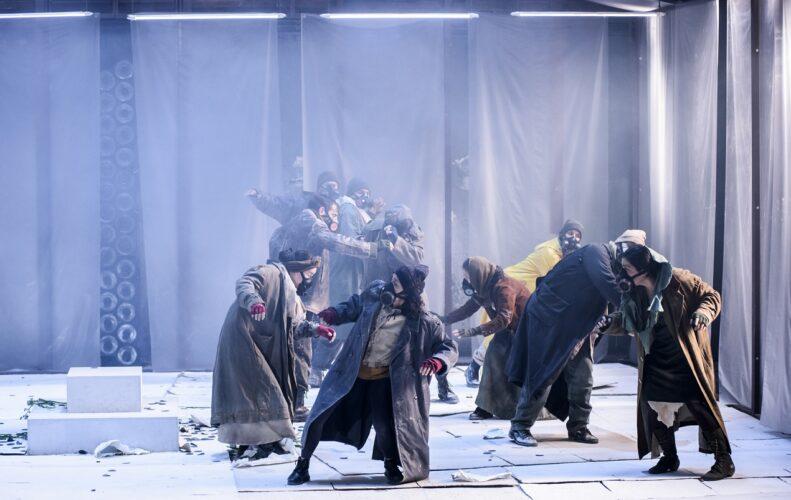 Οι ελεύθεροι πολιορκημένοι σε live streaming από το Εθνικό Θέατρο