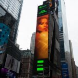 Η Ελένη Φουρέιρα μπήκε σε billboard στην Times Square