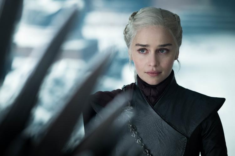 M.O.M. Mother of Madness: Η Emilia Clarke έγραψε comic για μια μητέρα με υπερδυνάμεις