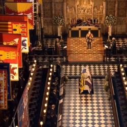 Στη Βασιλική Κρύπτη το φέρετρο του πρίγκιπα Φίλιππου   Θα «περιμένει» τη βασίλισσα Ελισάβετ για να θαφτούν μαζί
