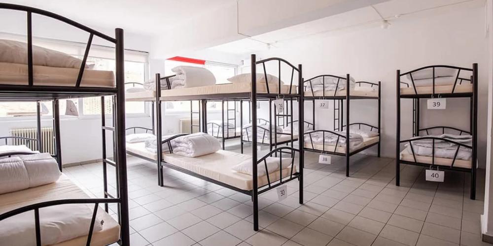 Άνοιξε το πρώτο υπνωτήριο για άστεγα παιδιά στην Αθήνα