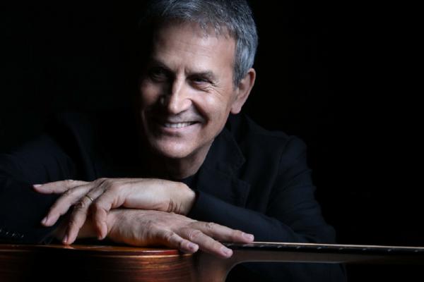 Ο Γιώργος Νταλάρας σε δυο μεγάλες συναυλίες σε Θεσσαλονίκη και Αθήνα