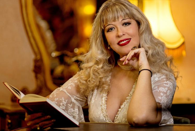 Μάνια Βλαχογιάννη - Γίνε | Aπό το Album Φλογισμένα χείλη
