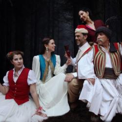 """Η """"Ναπολεοντία"""" του Α. Στάικου στο Ανοιχτό Θέατρο Κολωνού"""