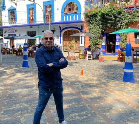 Ο Τάσος Δούσης και οι «Εικόνες» συνεχίζουν το ταξίδι τους στο Μεξικό