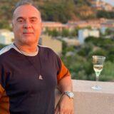 """Ο Φώτης Σεργουλόπουλος απαντάει στο αν αντικαθιστά τον Κρατερό Κατσούλη στη """"Φωλιά των Κου Κου"""""""