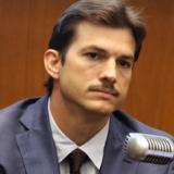 """Ashton Kutcher για τον αδερφό του πάσχει από εγκεφαλική παράλυση: """"Ήμουν θυμωμένος μαζί του…"""""""
