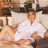 Shotgun Wedding: Οι νέες φωτογραφίες της Jennifer Lopez από τα γυρίσματα της ταινίας