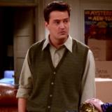 """Οι ατάκες του Chandler Bing από τα """"Friends"""" έγιναν μπλουζάκια"""