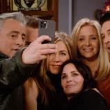Friends: Οι πρώτες φωτογραφίες από το reunion και η αποκάλυψη των πρωταγωνιστών για το τι θα έκαναν σήμερα οι ρόλοι τους