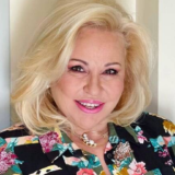 Όσα δήλωσε η Μπέσσυ Αργυράκη μέσα από το καμένο της σπίτι στην Κορινθία