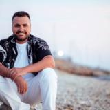 Λορέντζος Γκρέτσας: Μας συστήνει το νέο του τραγούδι με τίτλο «Στην Ανατολή σε ψάχνω»