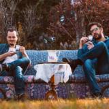 Τσάι στο Παλέρμο: Οι Ρεβάνς παρουσιάζουν το νέο τους album