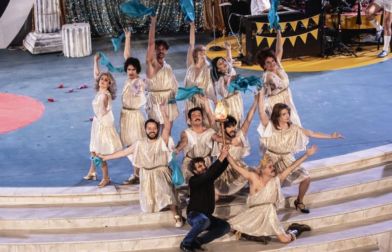 1821 – Η επιθεώρηση: Τελευταίες παραστάσεις στο Θέατρο Βεάκειο