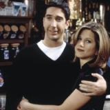 Η Jennifer Aniston και ο David Schwimmer είναι ζευγάρι τρεις μήνες μετά το Reunion των Friends;