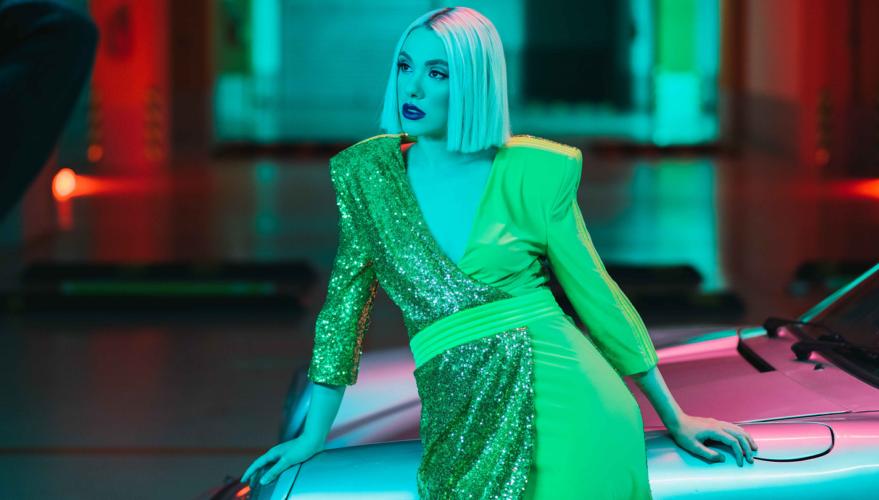Joanne - Twist In My Sobriety | Η νικήτρια του The Voice διασκευάζει το πασίγνωστο hit της Tanita Tikaram