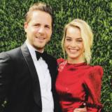Το σπάνιο σχόλιο της Margot Robbie για τον σύζυγό της Tom Ackerley