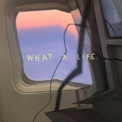 """Το """"What A Life"""" φαίνεται να είναι το νέο LISTENERS' FAVORITE"""
