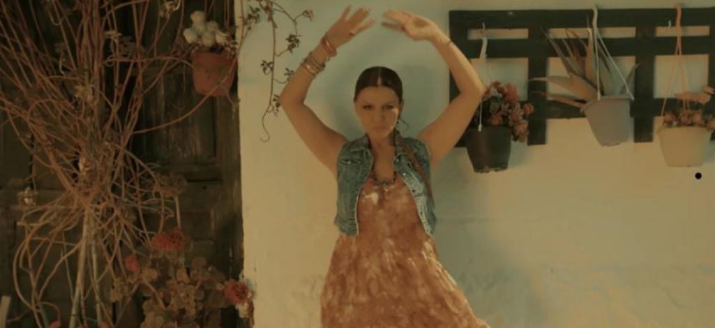 Πόλεμος: Η Λίτσα Γιαγκούση παρουσιάζει το νέο της τραγούδι!