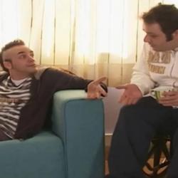 """Ο Πάνος Μουζουράκης και ο Σωκράτης Πατσίκας συναντήθηκαν 14 χρόνια μετά τoυς """"Singles"""""""