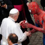 Ο Πάπας Φραγκίσκος συνάντησε τον Spider-Man